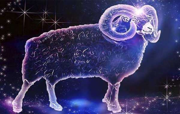 Развернутый гороскоп на 2019 год для Овна женщины и Овна мужчины по месяцам