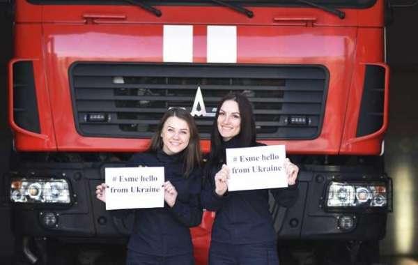 Рівненські рятувальниці підтримали мрію чотирирічної Есмі з Великої Британії
